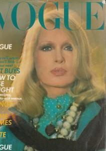 Isa Stoppi ritratta da Castaldi sulla copertina di Vogue UK, gennaio 1973 (courtesy of http://www.ciaovogue.com)