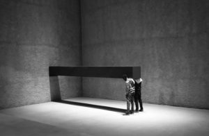 """OBJECT MEASURING"" di S. Serra"